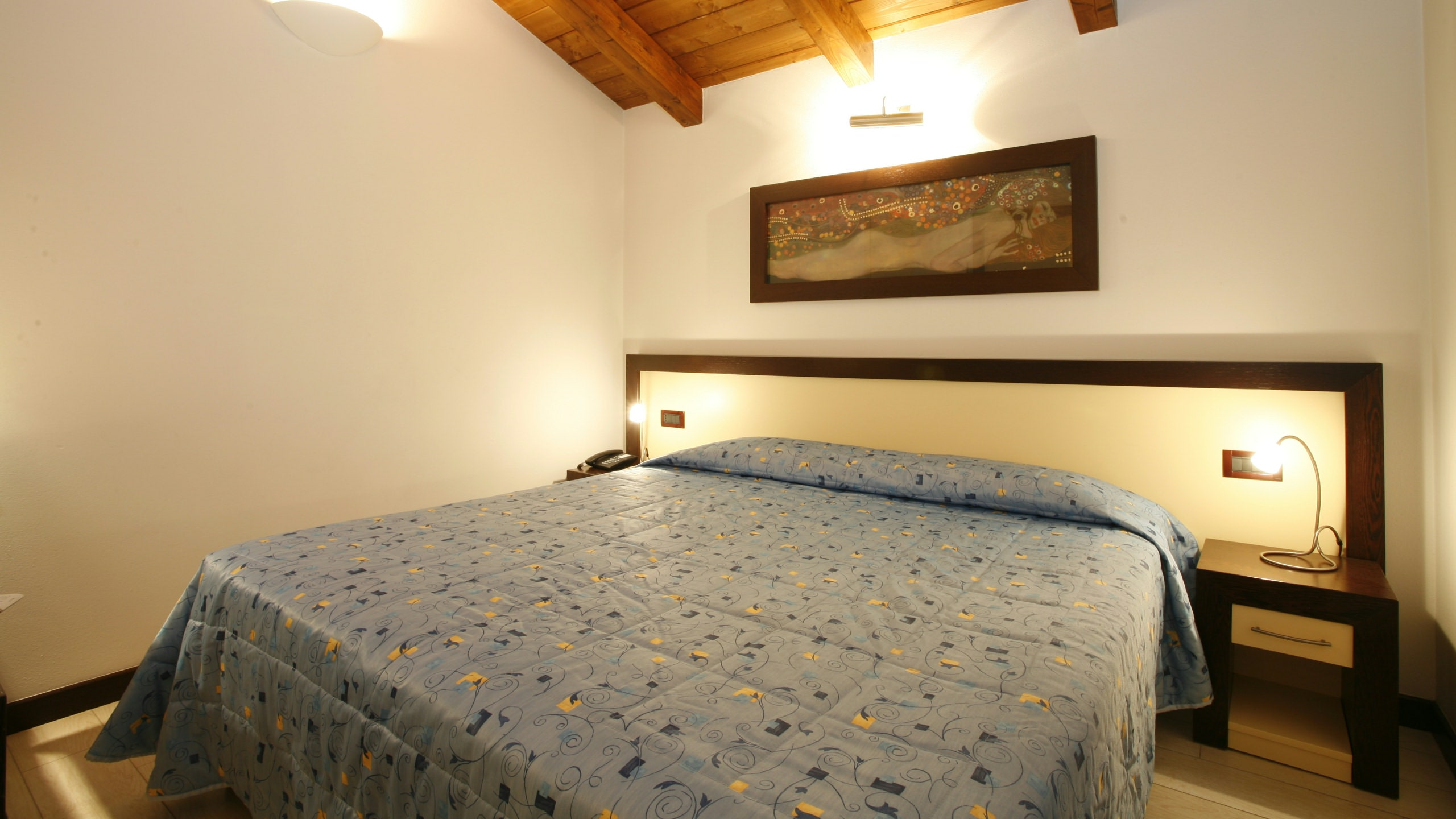 imperial-hotel-bologna-room-04