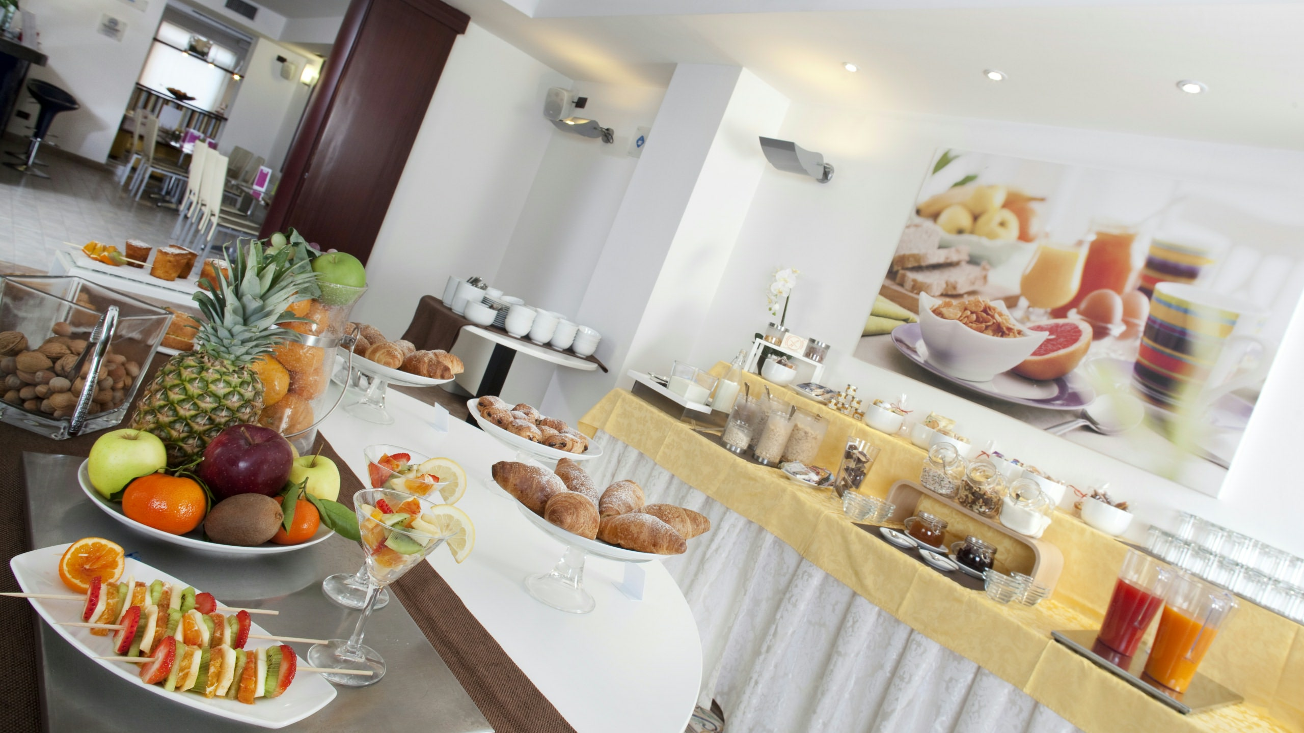 imperial-hotel-bologna-colazione-02