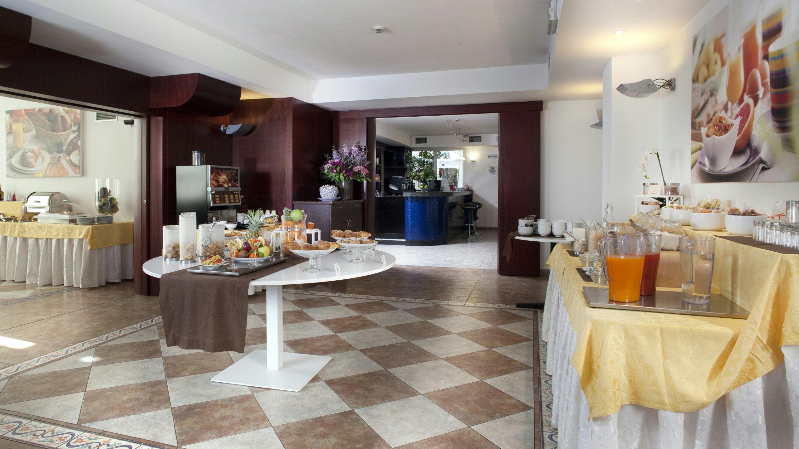 imperial-hotel-bologna-colazione-01