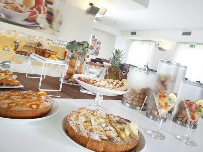 imperial-hotel-bologna-colazione-03