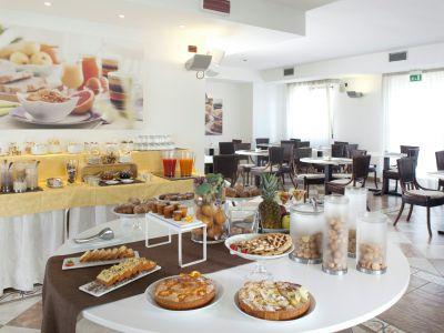 imperial-hotel-bologna-colazione-05