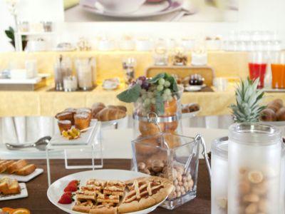 imperial-hotel-bologna-colazione-09