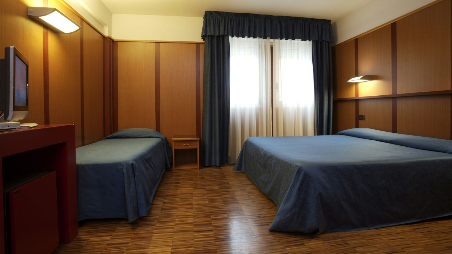 imperial-hotel-bologna-room-09